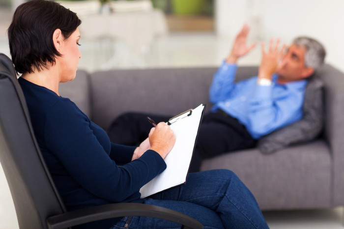 Thinking of Becoming a Therapist? 5 Things to Know